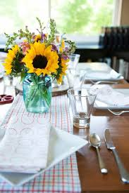 Beer Centerpieces Ideas by Best 25 Sunflower Table Arrangements Ideas That You Will Like On