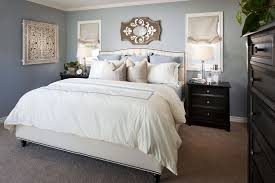 Traditional Bedroom Decorating Ideas Pictures - traditional master bedroom with carpet by styleonashoestring