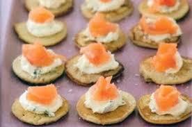 cuisine russe blinis de pommes de terre au saumon fumé recettes de cuisine russe