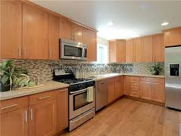 shaker style kitchen cabinets manufacturers maple shaker kitchen cabinets hitmonster