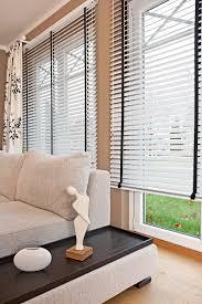 vorhänge wohnzimmer sichtschutz im wohnzimmer moderne plissees gardinen und rollos