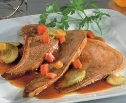 cuisine langue de boeuf langue de boeuf sauce aux cornichons recette de langue de boeuf