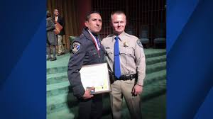 san francisco police officer honored for catching chp slashing
