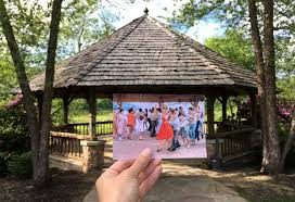kellermans in dirty dancing blogger hilariously matches dirty dancing locations with stills from