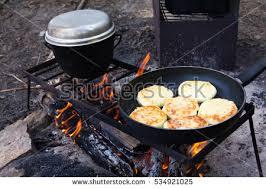 cuisine outdoor outdoor cooking ภาพสต อก ภาพและเวกเตอร ปลอดค าล ขส ทธ
