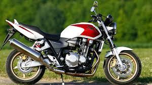 honda cb 1300 honda cb 1100 rs und bike side honda cb 1100 f im vergleichsttest