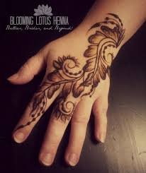15 best feather mehndi images on pinterest hennas finger and