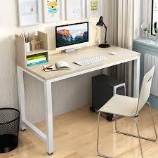 ordinateur de bureau ou portable simple moderne bureau de bureau portable ordinateur de bureau