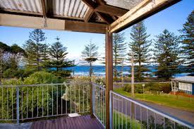 Wollongong Beach House - wollongong accommodation emerald aqua holiday homes