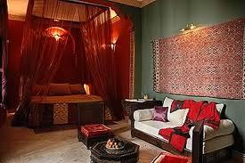 chambre orientale décoration couleur chambre orientale 28 bordeaux 11081029