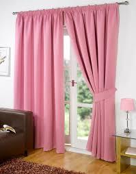 vorhänge wohnzimmer rosa gardinen fenster dekorieren gardine blickdicht wohnzimmer