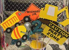Construction Themed Centerpieces by Hardhat Table Construction Truck Birthday Party Pinterest