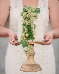 Wedding Cake Green 10 Simple Greenery Wedding Cake Decor Ideas Mywedding