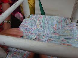 refaire l assise d une chaise les nouvelles croix de symiote rempaillage de chaise en tissu