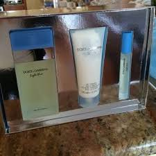 dolce and gabbana light blue gift set dolce gabbana other dolce gabbana light blue perfume gift set