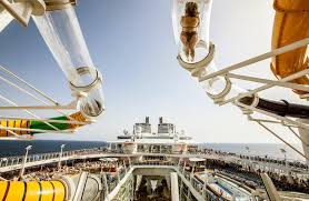 quirky photos of the world u0027s largest cruise ship