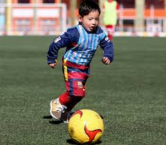 Lionel Messi Halloween Costume 5 Afghan Boy Meet Lionel Messi Daily Mail