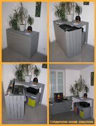 Computer Desk Hidden by Bureau Caché En Palettes Recyclées Pallet Hidden Desk Desks