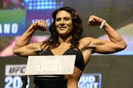 cat alpha zingano mma stats pictures news videos cat zingano believes cyborg is a winnable fight she probably can
