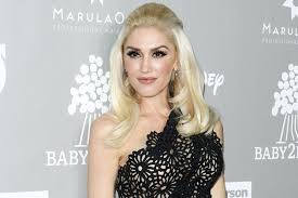 46 yr old celebrity hairstyles latest entertainment news breaking celebrity news