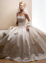 www wedding dresses finding your wedding dress