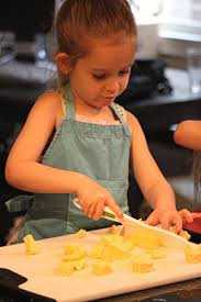 kitchen knives for children curious chef 3 knife set chefs knives