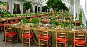 tables in central park bronx zoo and central park zoo rose red lavender