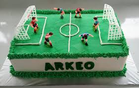 soccer cake spatula and friends soccer field cake