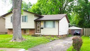remodeled split level rental home vip realty