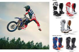 fox instinct motocross boots enduro21 first look 2018 fox racing helmet and gear