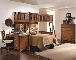 bureau en mezzanine lit mezzanine adulte et aménagement de petits espaces lits