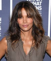 harry berry hairstyle halle berry debuts purple highlights instyle com