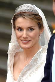 kate middleton wedding tiara 8 royal wedding tiaras that ll make you wish you were a princess