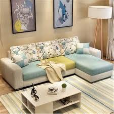 dans le canapé figure dans le canapé de fond le salon canapé simple image de