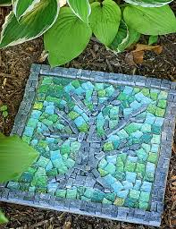 Backyard Stone Ideas Amazing Diy Stepping Stone Ideas For Your Garden
