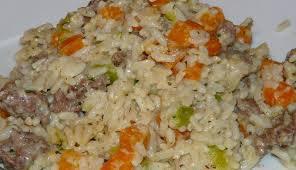 cuisine avec du riz riz à la viande hachée et légumes f a f le des femmes au fourneau