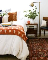 How To Make Your Bedroom Cozy by 15 Inspiring Ways To Cozy Up Your Bedroom Space For Fall