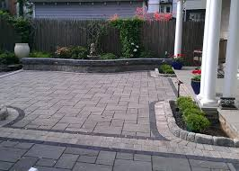 Paver Patio Edging Options Permeable Paver Patio With A Strong Black Accent Band And Border
