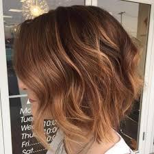 honey brown haie carmel highlights short hair 40 on trend balayage short hair looks wavy bobs reddish brown
