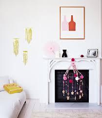 wohnideen minimalistischem weihnachtsdeko kamin zu weihnachten dekorieren schöne ideen basteln