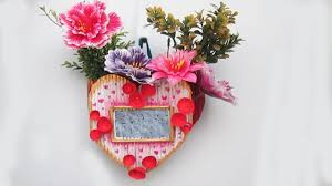 diy flower vase with photo frame using newspaper newspaper