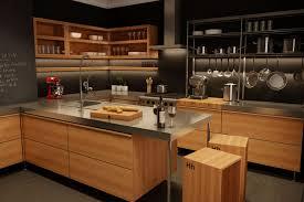 cuisine contemporaine en bois cuisine moderne en bois du québec léger décoration
