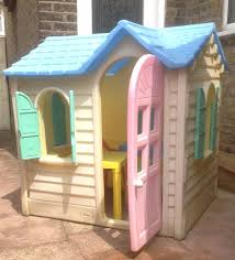outdoors little tikes playhouse backyard dollhouse playhouses