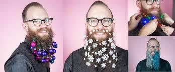 manieren om je baard te versieren met kerst