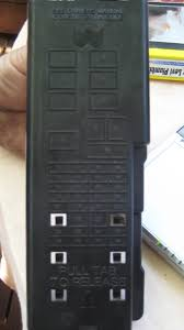 which fuse in a 2006 ford taurus will control the power windows