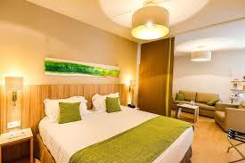 hotel lyon chambre familiale quality suites lyon 7 lodge lyon expedia fr