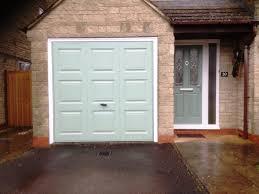 green garage door paint wageuzi