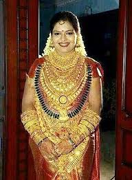 indian wears 400 000 of jewellery on wedding day