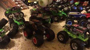 grave digger 30th anniversary monster truck toy evolution of grave digger 35th anniversary encore youtube