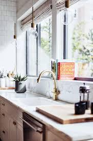cuisine marbre la fabrique à déco evier de cuisine marbre bois matières brutes